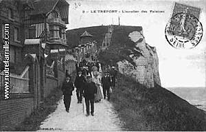 cartes-postales-photos-L-Escalier-des-Falaises-LE-TREPORT-7