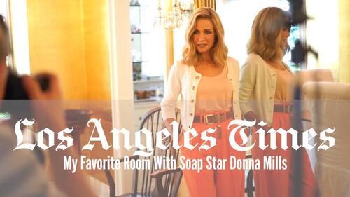 Donna Mills prend une occasion en or d'ajouter de la magie à sa salle à manger