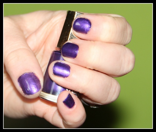 Nat  : Mavala 174 Purple Sensation, collection paradoxe
