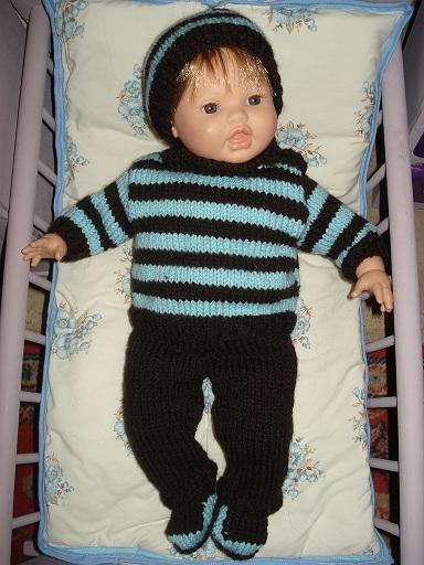 vêtements aux tricot pour poupon de 43 cm