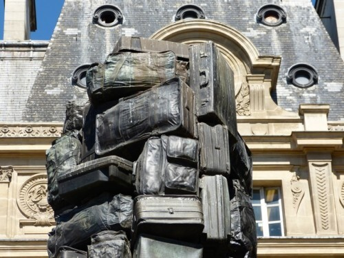 Arman valise sculpture GP