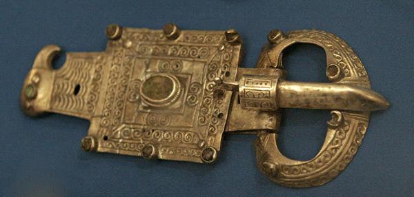 Objet issu des fouilles où se trouvait Atil, capitale khazare (région d'Astrakhan en Russie), VIIIe-IXe siècle,  musée historique d'État de Moscou.