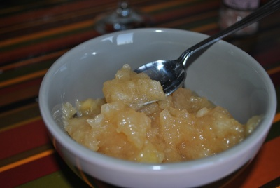 Compote de pommes au caramel vanille et cannelle