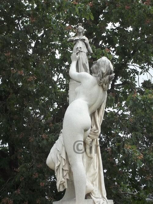 Le Jardin des Tuileries à Paris (suite)