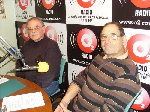 La presse et les émissions radio