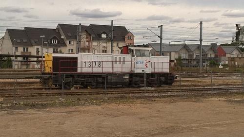 G 1206 92801275026-3  en gare de DREUX
