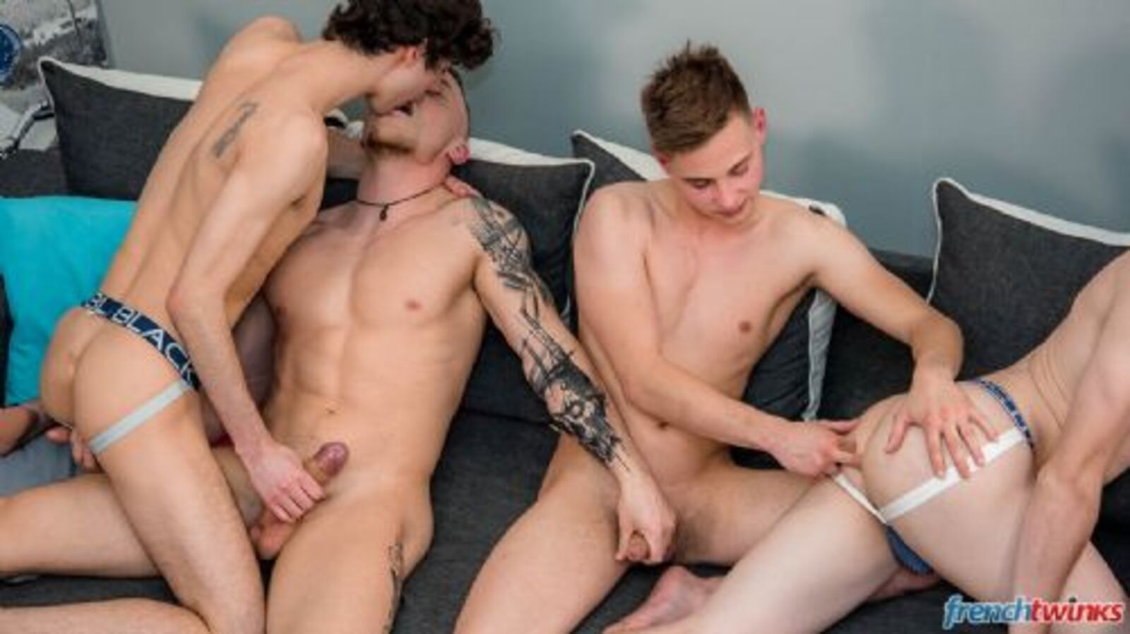 FRENCHTWINKS 240818-12