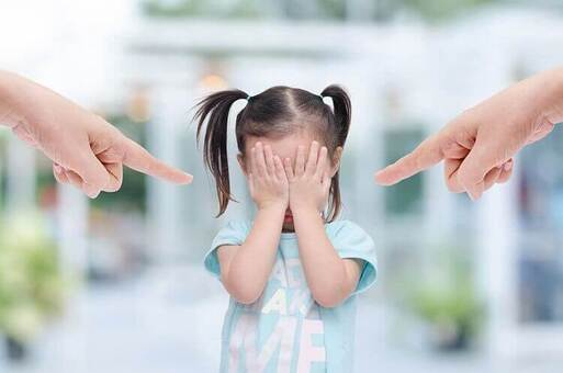 le comportement des parents toxiques