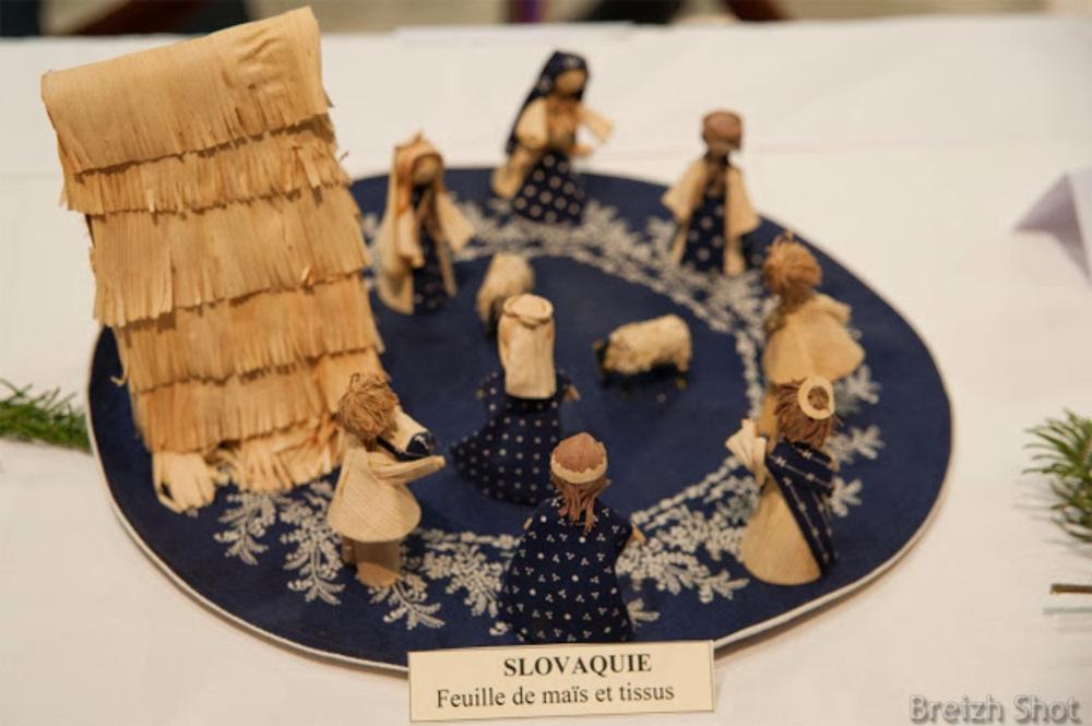 crèche de Noël Slovaque - Maïs et tissus