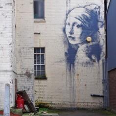 "Banksy, ""La jeune fille à la perle"" (Bristol - Angleterre - 2014)"