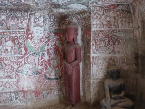 grottes de Po Win Daung; fresques murales peintes;