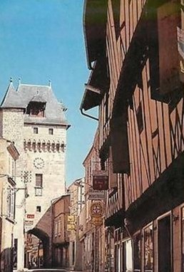 Blog de sylviebernard-art-bouteville : sylviebernard-art-bouteville, 1 Saint-Jean- d'Angely 31me ENDURO DES BOIS - 19 Avril 2015