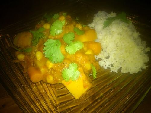 Curry de pois chiches et Potimarron au lait de coco