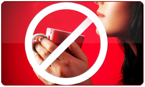 Il est recommandé d'éviter la consommation de café et de produits contenant de la caféine si cela est possible.