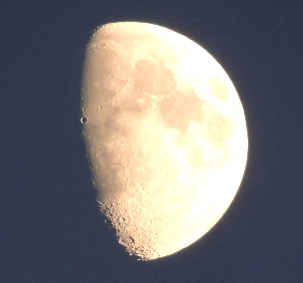 Lune-1-copie-1.jpg