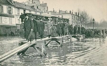 Paris, en 1910, affrontait la crue du siècle