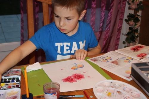 Activité painture avec Tom