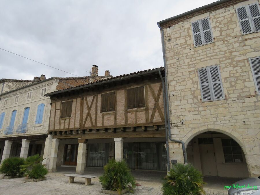 Montpezat de Quercy (82)
