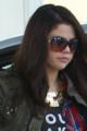CANDIDS : Selena dans une station d'essence