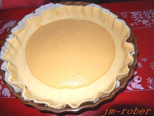 La tarte amandine aux poires à la pâte sablée