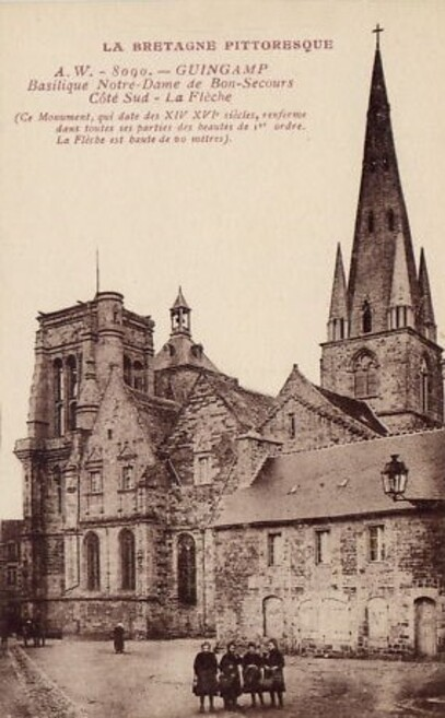 Guimgamp Basilique Notre-Dame de Bon Secours