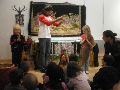 Atelier marionnettes sur le Comm. Equitable