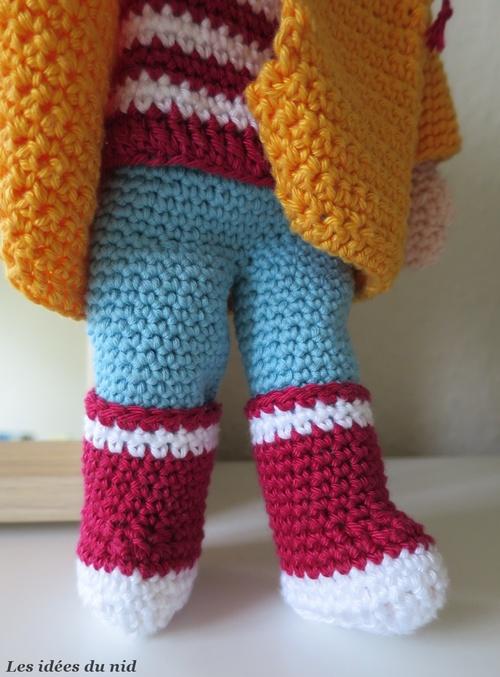 Petite poupée crochetée