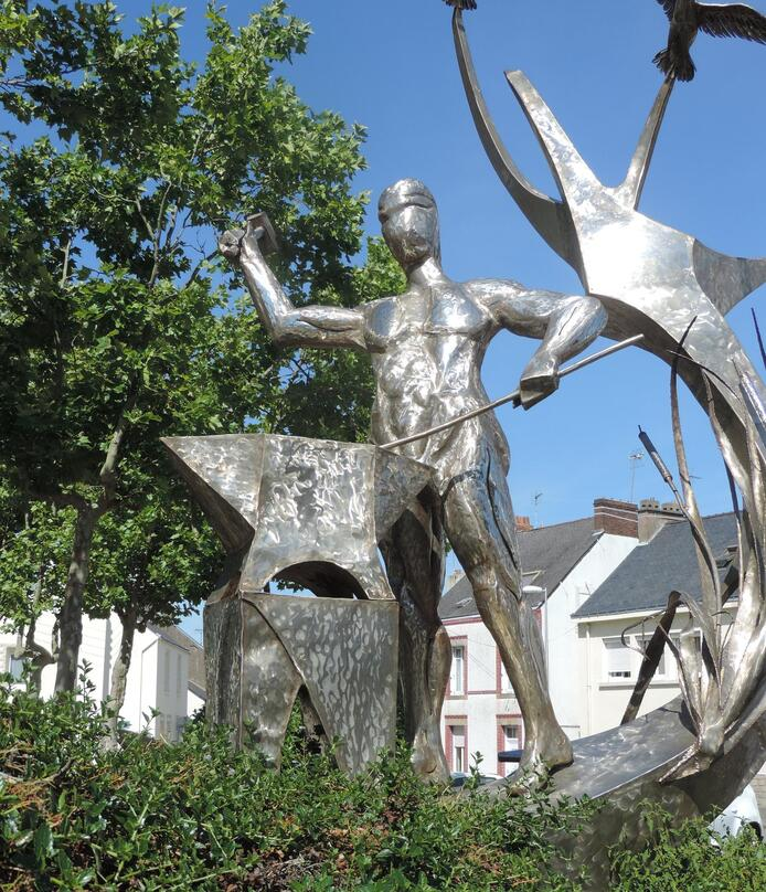 SCULPTURE à TRIGNAC (44)