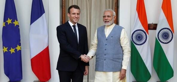 Le président français signe des accords militaires avec l'Inde