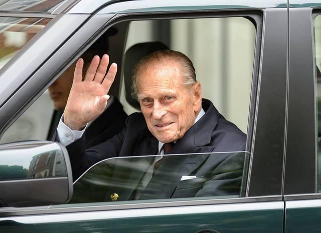 Le prince Philip sort