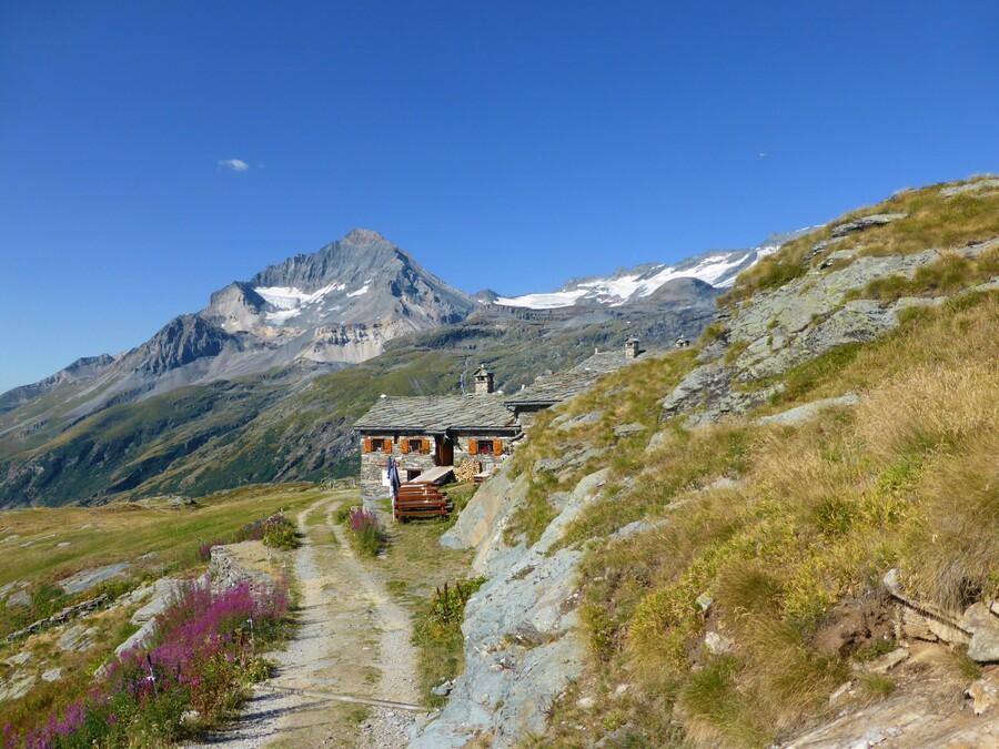 En Haute-Mairienne N°2 : Le Lac Blanc et le refuge...