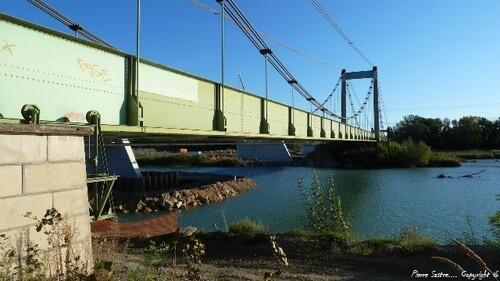 Ancien pont  Pertuis  2012