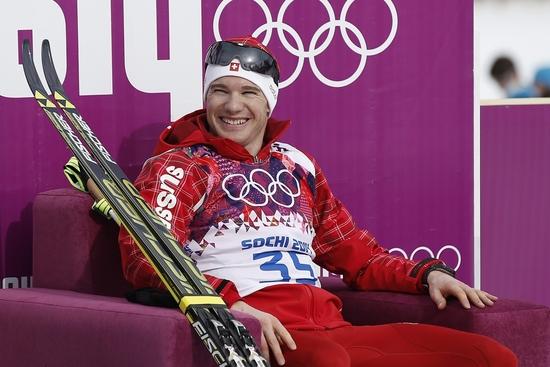 Dario Cologna dans son fauteuil de vainqueur