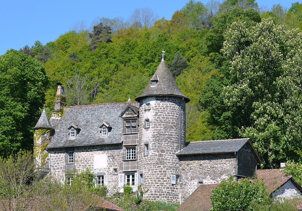 Château d'Oyez à Saint-Simon DSC 2732.JPG
