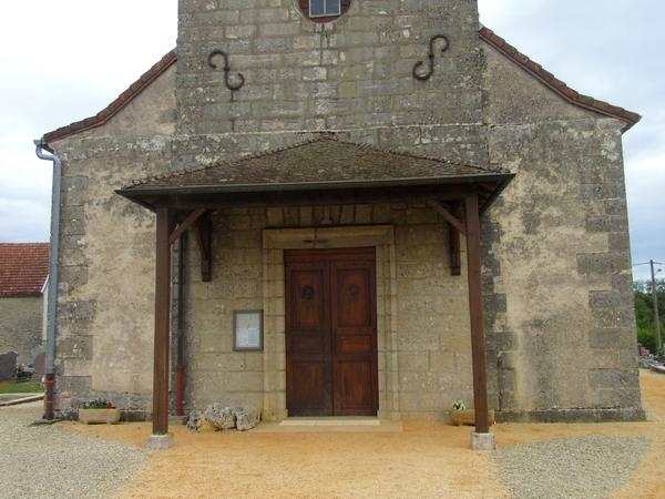 L'église Saint-Pierre-Es-Liens de Veuxhaulles sur Aube