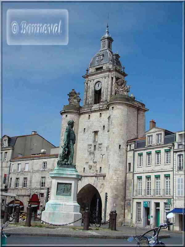 La Rochelle la Grosse Horloge Vieux Port