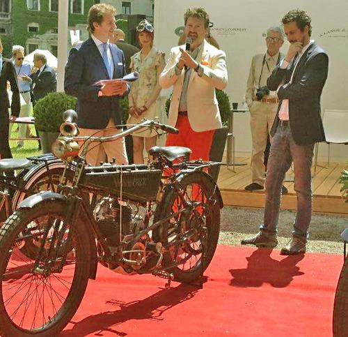 Paul d'O. gravure de mode et vrai motocycliste