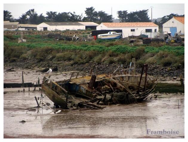 Cimetière de bateaux à Noirmoutier