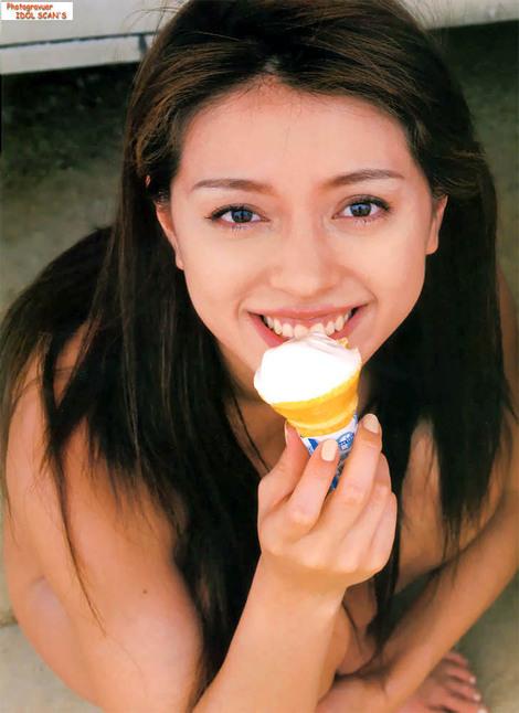 Photobooks : ( Aki Kawamura, Eiko Koike, Yumi Sakai, Eriko Sato & Yuki Matsuoka : Dynamite 5 )