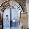 LACHAPELLE la lourde porte de l'église