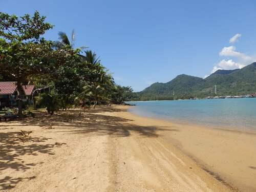 Plage de Bang Bao Bay, île de Koh Chang, Thaïlande
