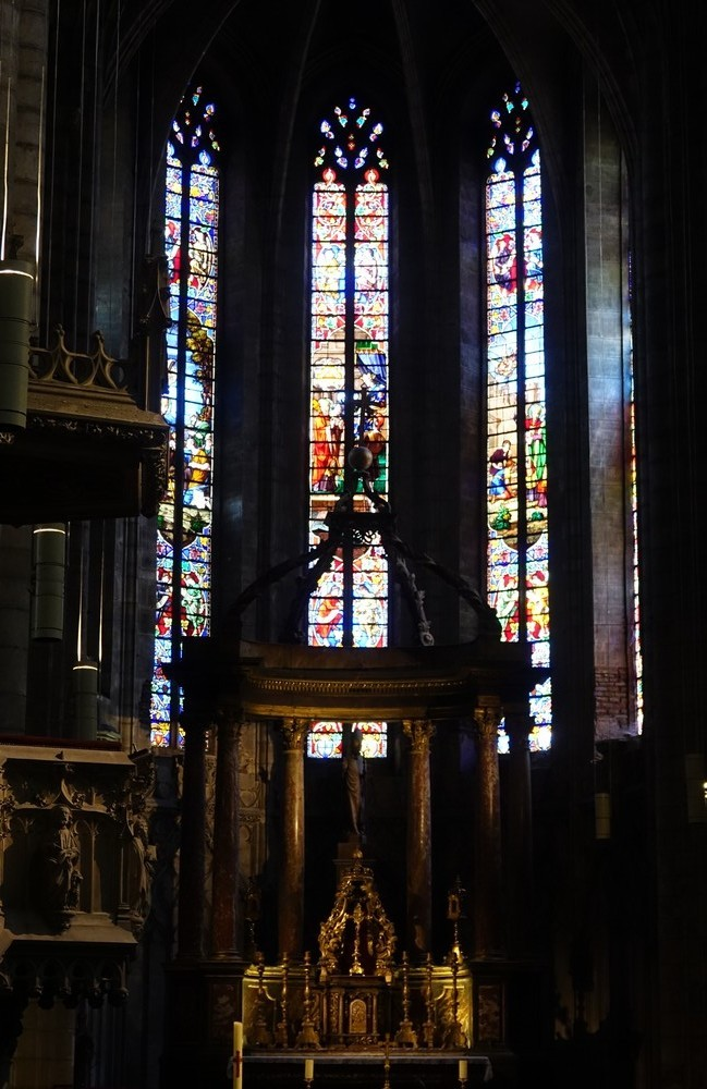 La cathédrale Sainte-Cécile, à Albi...