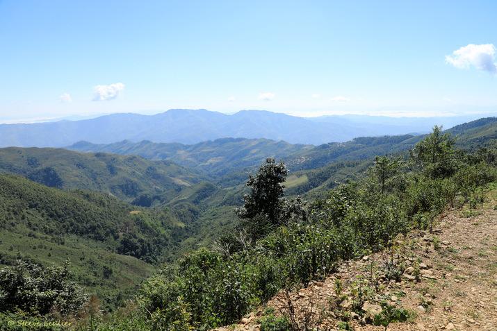 Laos de Yangpa au village Akha de Mouji