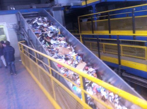 Visite au centre de tri des déchets