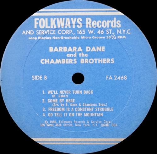 "Barbara Dane & The Chambers Brothers "" Barbara Dane & The Chambers Brothers "" Folkways Records FA 2468 [ US ] en 1966"