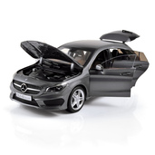 1:18 NOREV B66960351 MERCEDES-BENZ CLA Shooting Brake 2015