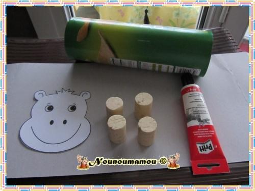 Hippopotame range crayons