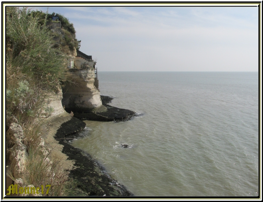 Les grottes de Régulus à Meschers sur Gironde     (charente maritime)