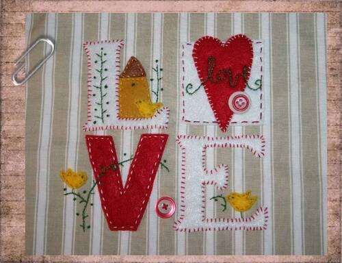 """sacoche bandoulière """" LOVE """""""