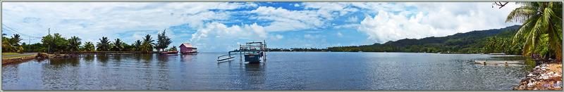 """Panorama sur la baie Vairahi à la """"Cabane parme"""" et la Pointe Utufara - Avera - Raiatea - Polynésie française"""